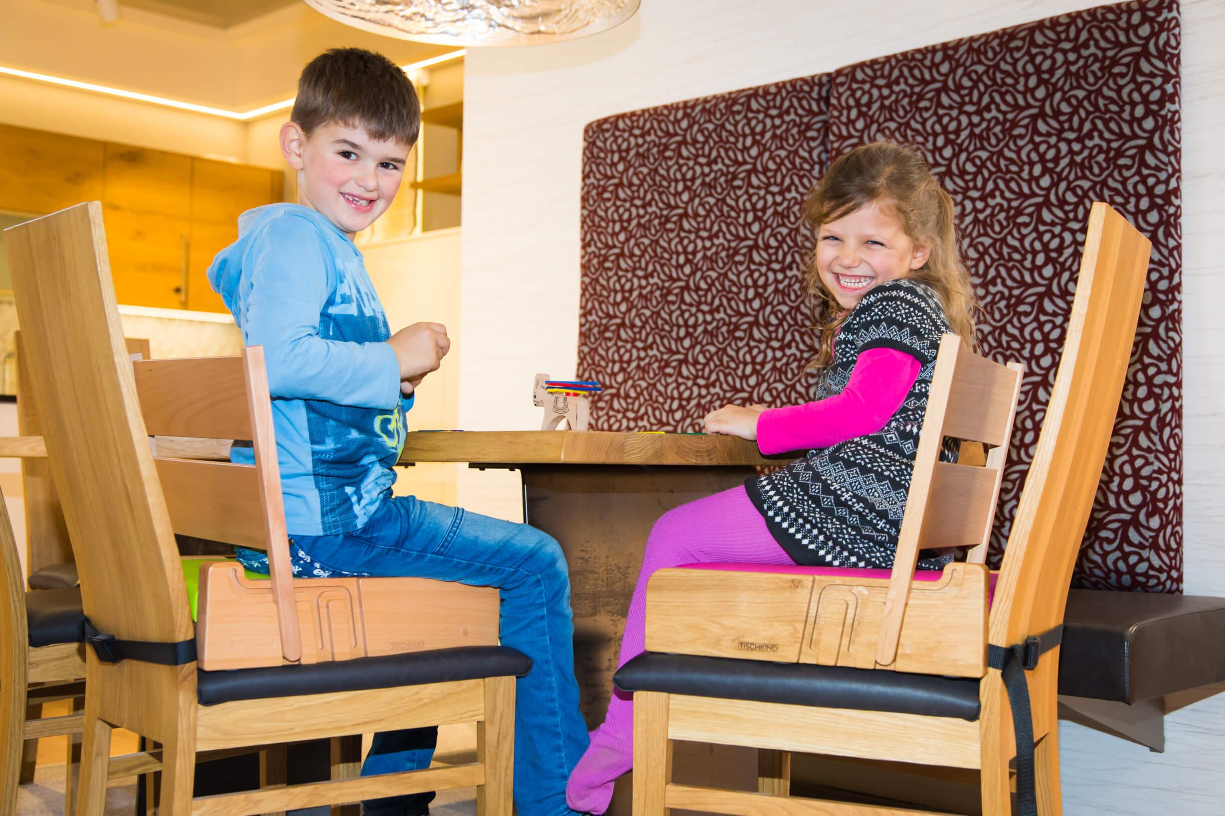 Sitzerhöhung Kinder Tisch Buche Eiche TISCHKIND Die